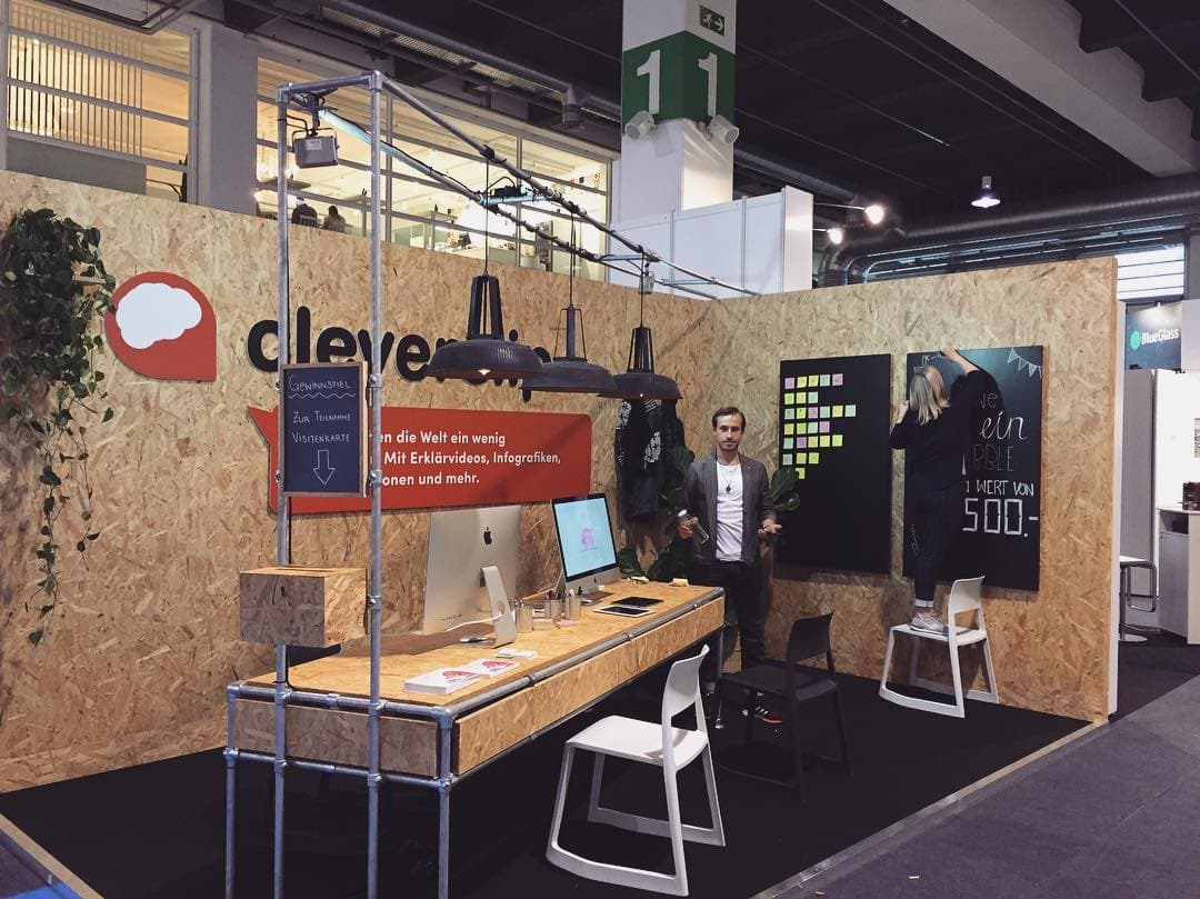 Foto Messestand Design bei Cleverclip